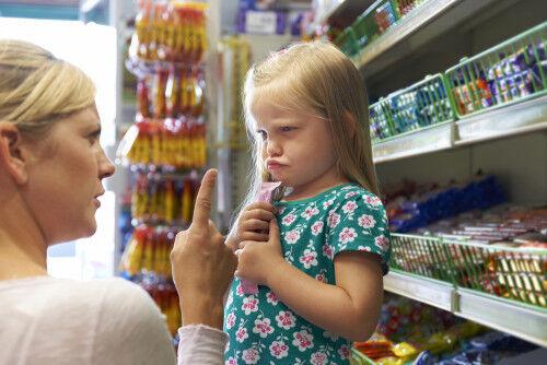 イヤイヤ期・泣く子におやつはNG?「負のスパイラル」を断ち切るスマート対応
