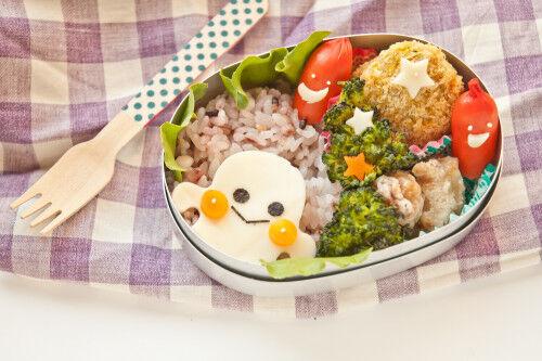 2歳児に食べさせたい!ほうれん草・ブロッコリー・小松菜を使った「緑色のおかず」3選