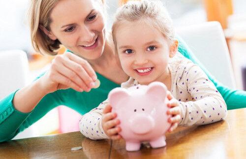2歳からのマネー教育!「子どもの金銭感覚」に影響を与えるものは?