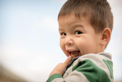 【2歳】保育園の園長先生に聞いた!子どもの「自分でやりたい」を伸ばす方法って?