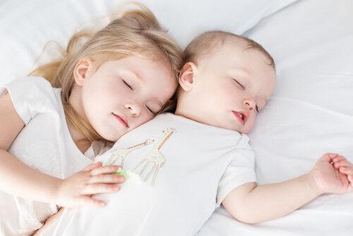 10時間以下はNG!? 年代別「赤ちゃんの睡眠時間」【夜泣き知らず育児】 #12