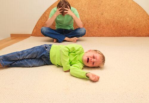 やりがちだけど実は「子どものわがままが悪化しやすい」親の態度