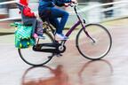 雨の日の優秀アイテム♪「前用チャイルドシート・人気レインカバー」9選