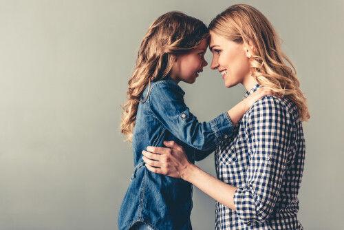 「ママべったりっ子」は何歳頃まで続く?自立を促す3つのコツ