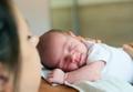 「赤ちゃんあっせん事件」の真実とは?産婦人科医の実話を元にした小説