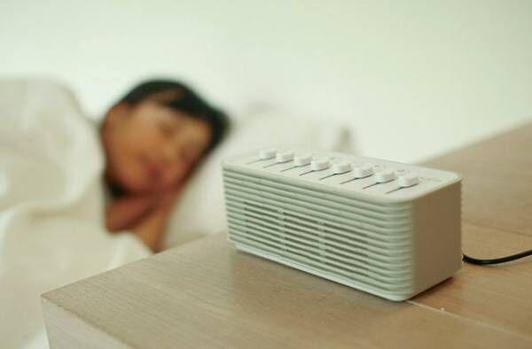寝付けない&眠りが浅いお悩みを解決⁉︎ 快眠にいざなう「ノイズ」とは