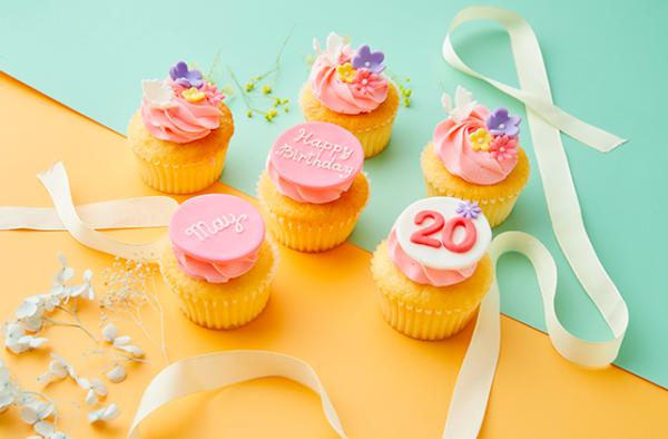 特別なバースデーになる♡超絶キュートなプレミアムカップケーキ
