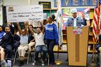 グラミー歌手チャンス・ザ・ラッパー、地元の公立小学校に1.1億円を寄付
