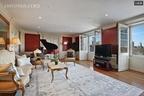 デヴィッド・ボウイのアパートメント、ピアノ付きで売りに