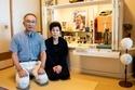 過労死NHK記者両親の怒り「安倍総理、娘はいまも泣いています」