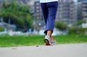 """骨粗しょう症を防ぎ""""死ぬまで歩く""""ための50歳からの4習慣"""