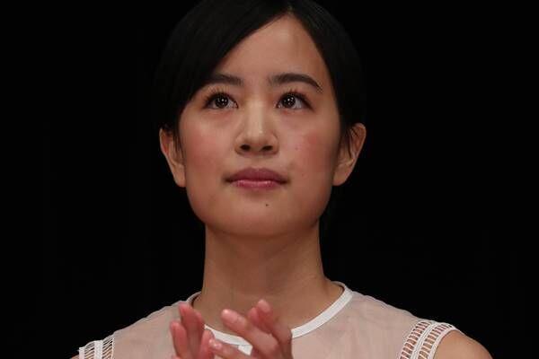 朝ドラ律の妻役で話題の石橋静河 俳優の両親からの言葉