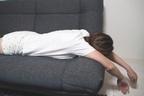 腹ばい、横向き寝はNG!「脊柱管狭窄症」を防ぐ日常生活法