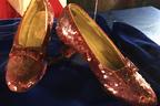 盗まれた『オズの魔法使』のルビーの靴、13年ぶりにFBIが発見