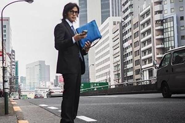 木村拓哉 B'z30周年ライブにサプライズ登場、ファン騒然