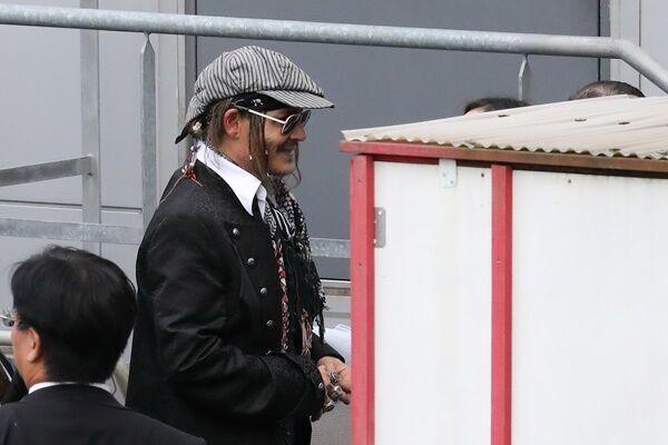 激ヤセ報道のジョニー・デップ プレミア来日で見たふっくら姿
