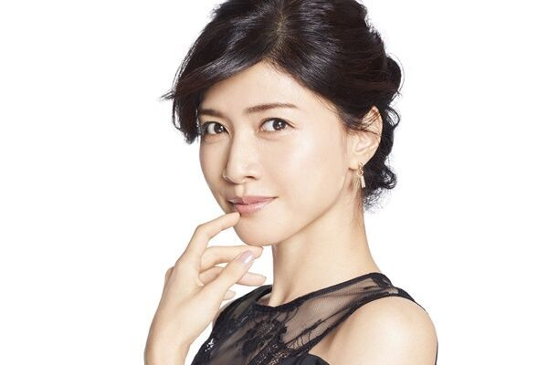 内田有紀 42歳の美貌話題も「昔のほうが美容に時間かけてた」