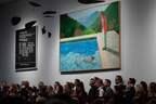 デイヴィッド・ホックニーの絵画 102億円で落札、存命中画家で最高額