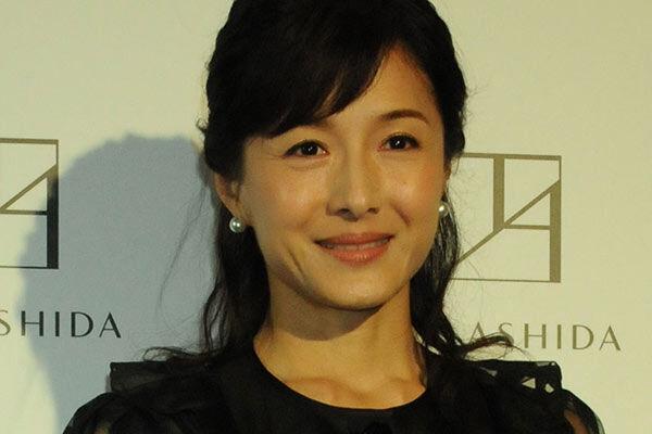 後藤田正純議員スキャンダルで妻・水野真紀の動向に注目集まる
