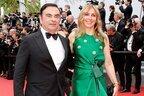 ゴーン容疑者変えた年下妻 挙式はベルサイユ宮殿で総額80億円