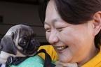 負傷した小指で…長与千種が保護犬譲渡会に取り組む理由