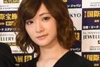生駒里奈 涙の乃木坂46卒業公演に「終身名誉センター」の声