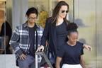 アンジェリーナ・ジョリー、子連れの『マレフィセント2』撮影にブラピが「待った」
