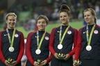 リオ五輪女子チームパシュートの銀メダリスト、23歳で自殺
