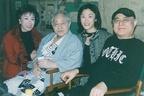 朝丘雪路さんと津川雅彦さんの一人娘 歌手活動の裏に母の遺志