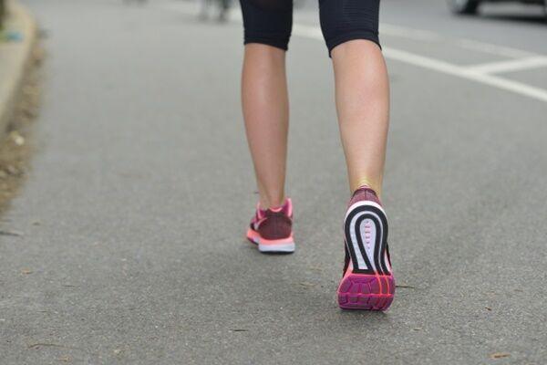 ひざを強くするための生活習慣、カギは「鶏肉&肥満防止」