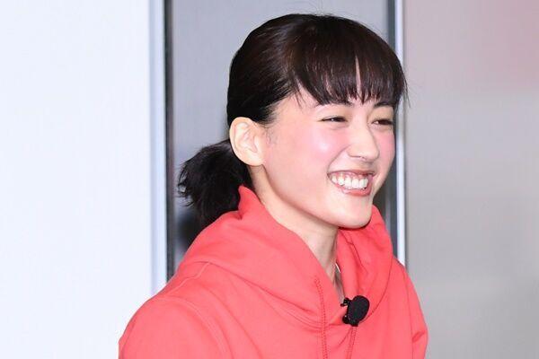 綾瀬はるか「いだてん」現場でHIPHOPダンス、自己流で練習