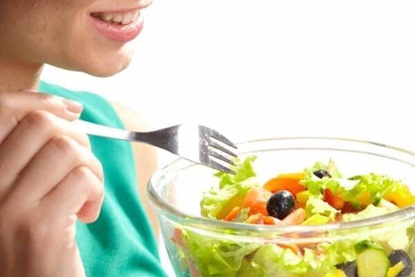 体型作りの専門家が警鐘!野菜の取り過ぎはぽっこりおなかに