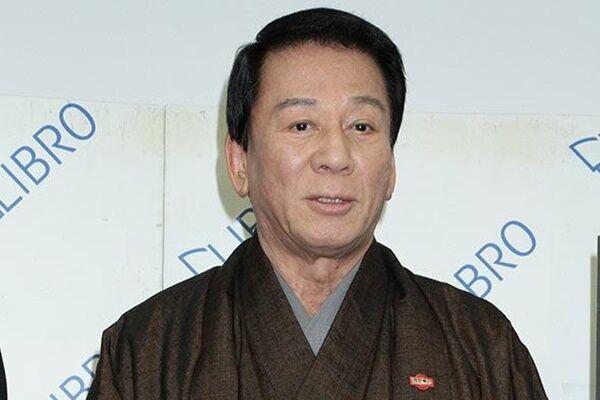 杉良太郎さんが高齢者の悲惨な事故が続くなかで運転免許を自主返納した様子は大きく取り上げられた。
