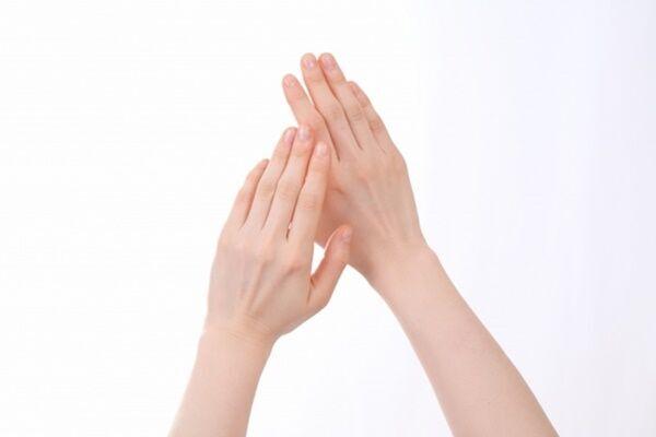 「の」の字マッサージで便秘解消!小林教授教える10秒健康法