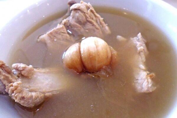 専門医伝授「アミノ酸豊富!骨だしスープで腸内フローラを再生」