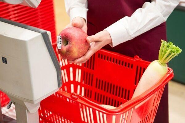 株主優待で家計を節約、2万円以上のお食事券が届くことも
