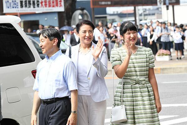 香山リカと坂東眞理子が語り合う「皇室のこれからの女性天皇」