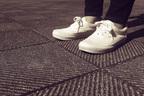 日中は活動的に、靴は底を浅く!「めまい」遠ざける生活習慣