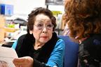 ギネス認定!最高齢の美容部員 約60年で累計売上は3億円超