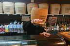 新宿にオープン!坊主さんがカクテルを作る異色「虚無僧バー」