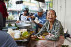 店主の人生も、食材の歴史も…アジア9カ国屋台ドキュメンタリー