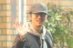 新井浩文 保釈中の懲りない酒場通い…降谷建志の店へ深夜訪問