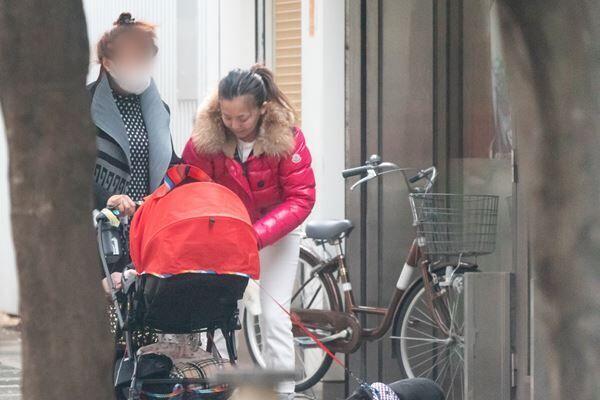 華原朋美支える高齢母の献身…45歳のワンオペ育児に緊急出動