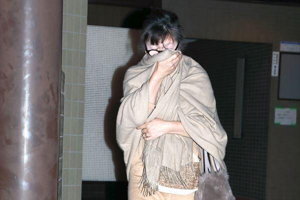 昨年12月20日、小室さんの母・佳代さんの姿をキャッチ!