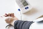 高血圧は「サイレントキラー」とも、重大疾患のリスクも上昇