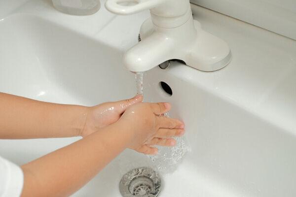 24種類以上の薬で治験が進む新型肺炎 予防にはまず手洗いを
