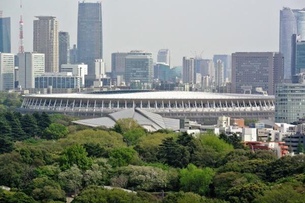 嵐の新国立16万人ライブ 開催の鍵はイエモンのドーム公演か