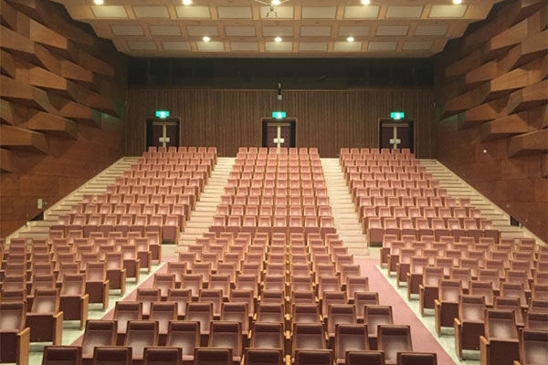 アート支援に段ボール仕切り…鳥取県の独自コロナ対策に注目