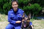 """行方不明者を3回見つけた犬も…高齢者""""徘徊""""救う警察犬"""