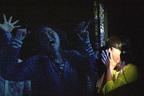 ゴンドラの扉をゾンビが…大阪に登場「地獄のゾンビ観覧車」
